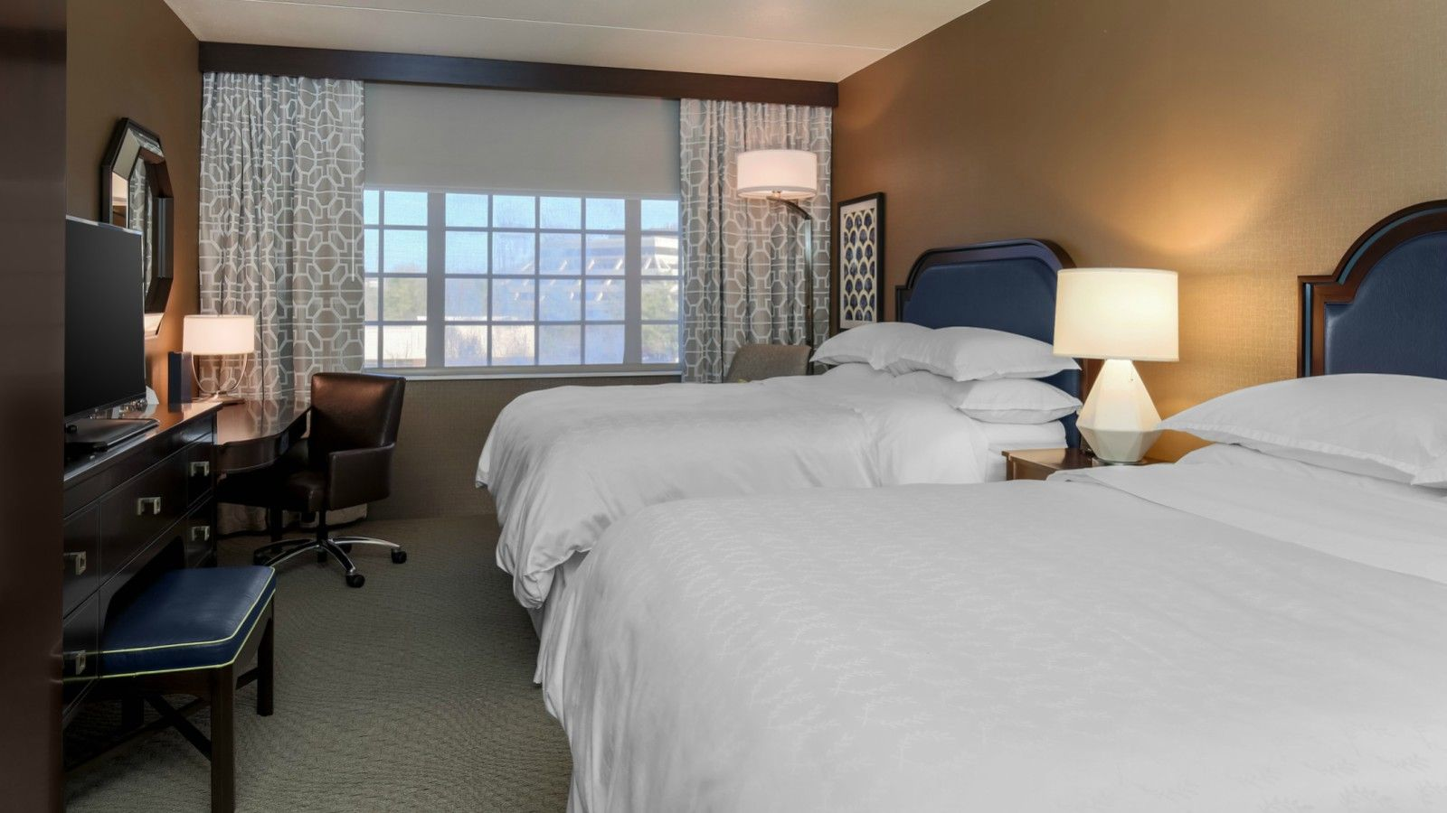 Sheraton Tarrytown Hotel Double Guest Room